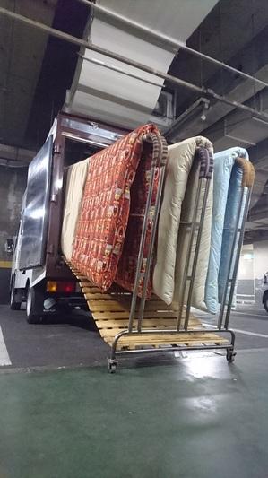 加熱乾燥車 寝具乾燥車 ふとん乾燥車 布団乾燥車 畳乾燥車 たたみ乾燥車 トコジラミ駆除 南京虫駆除